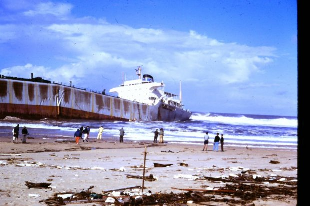 Sgyna on Stockton Beach 1974