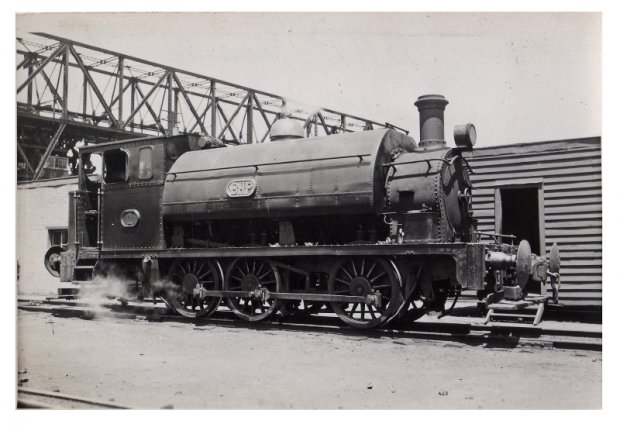 Loco 4 at the wharf. 1939 Vale and Lacy No 5 Scrapped 1960, ex NSWGR NO11 to BHP 1913.