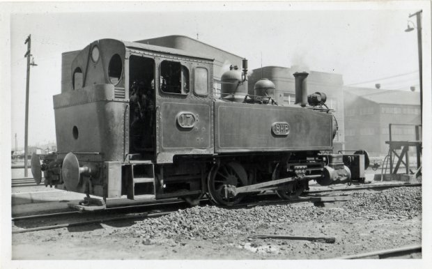 Loco 17 on the East main near Medical Center. BHP purchased in1909. Ex NSWGR No 99 Beyer,Peacock No1675-77   Scrapped 1961